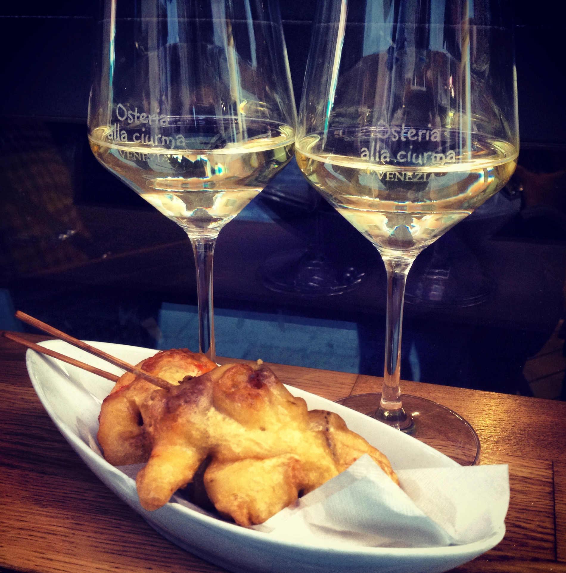 Enjoy a Bacaro Tour in Venice to taste Venetian delicacies